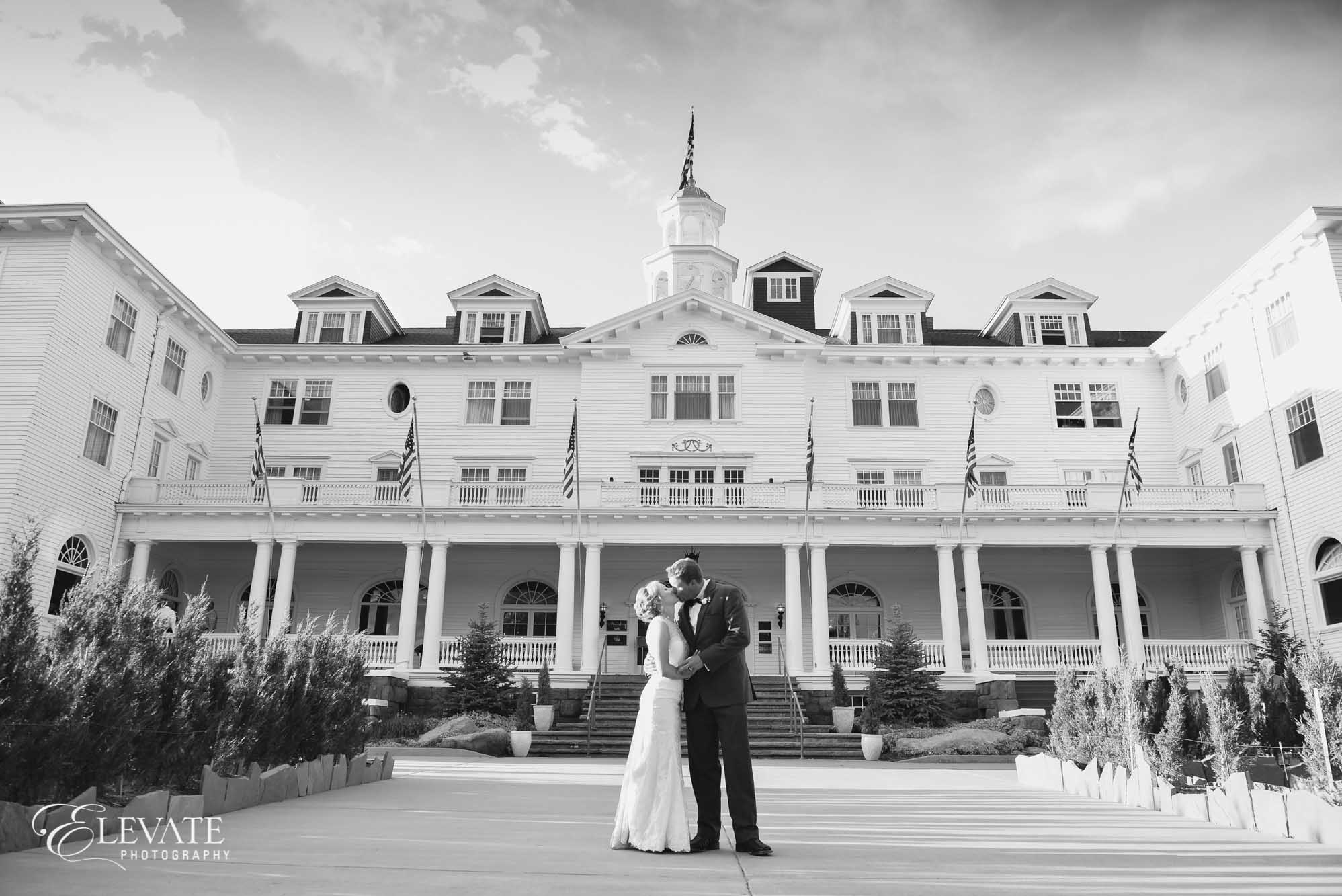 estes park wedding photos bw stanley hotel