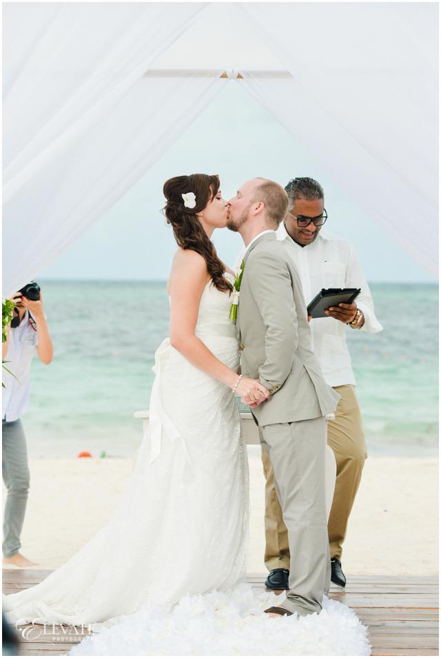 secrets-punta-cana-wedding-photos-035