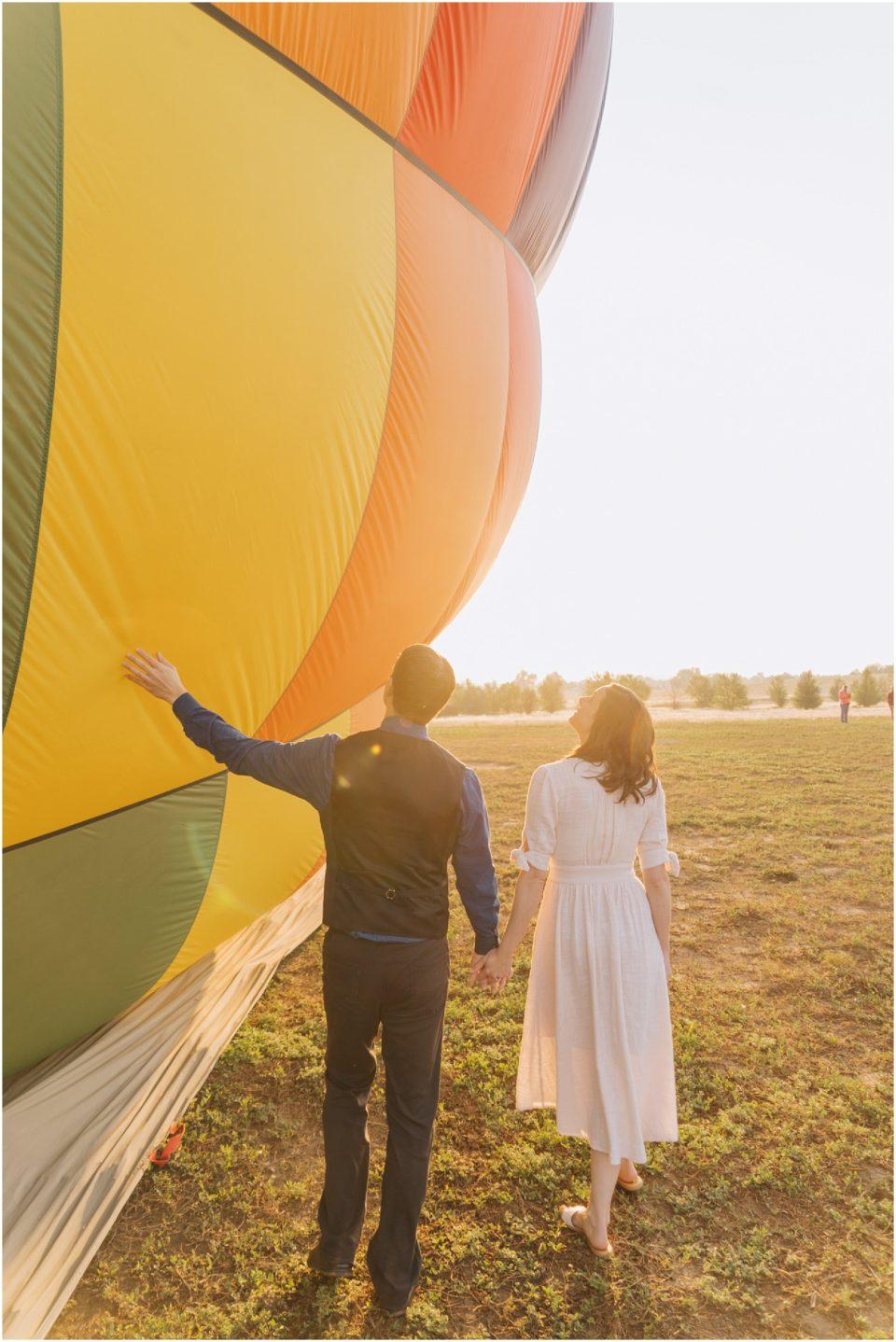 sunrise hot air balloon engagement