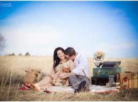 vintage colorado picnic engagement