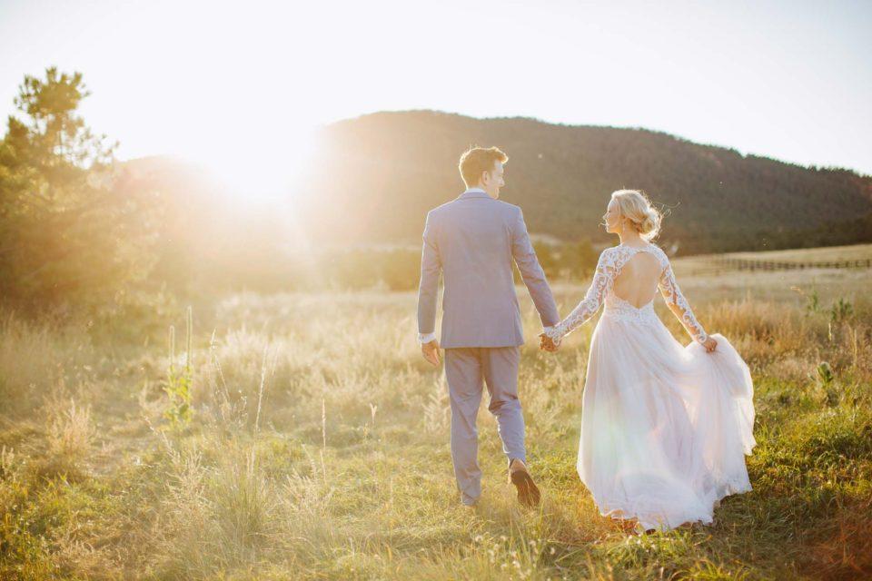 micro wedding sunset