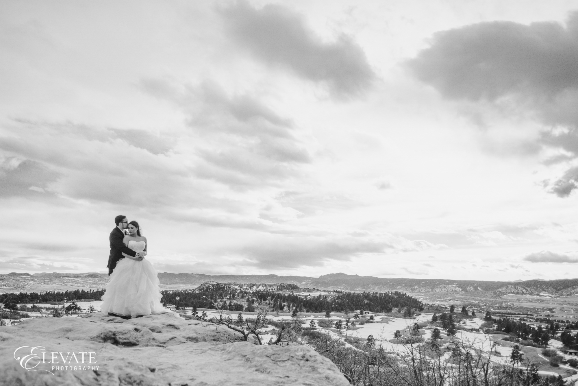 bw black and white landscape wedding couple in Castle Rock