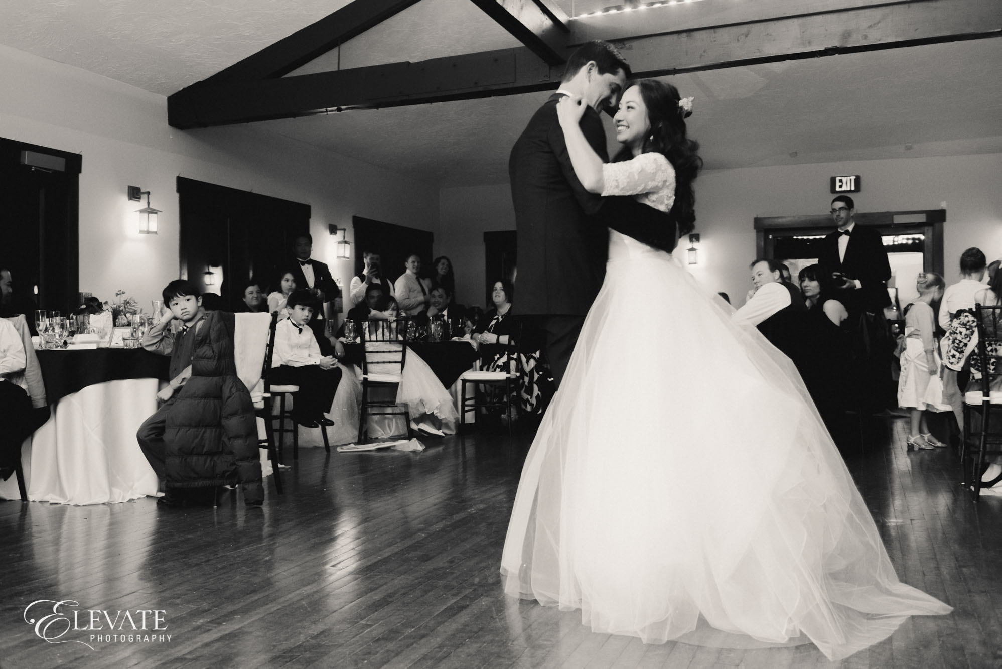 first dance reception mary's lake lodge estes park wedding