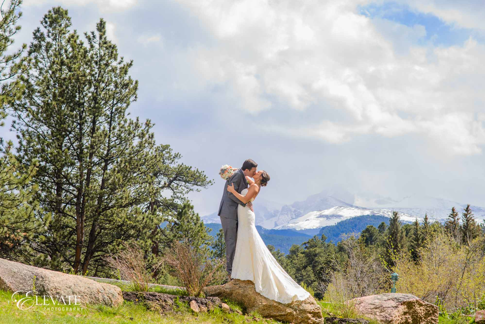 estes park wedding photos twin owls longs peak