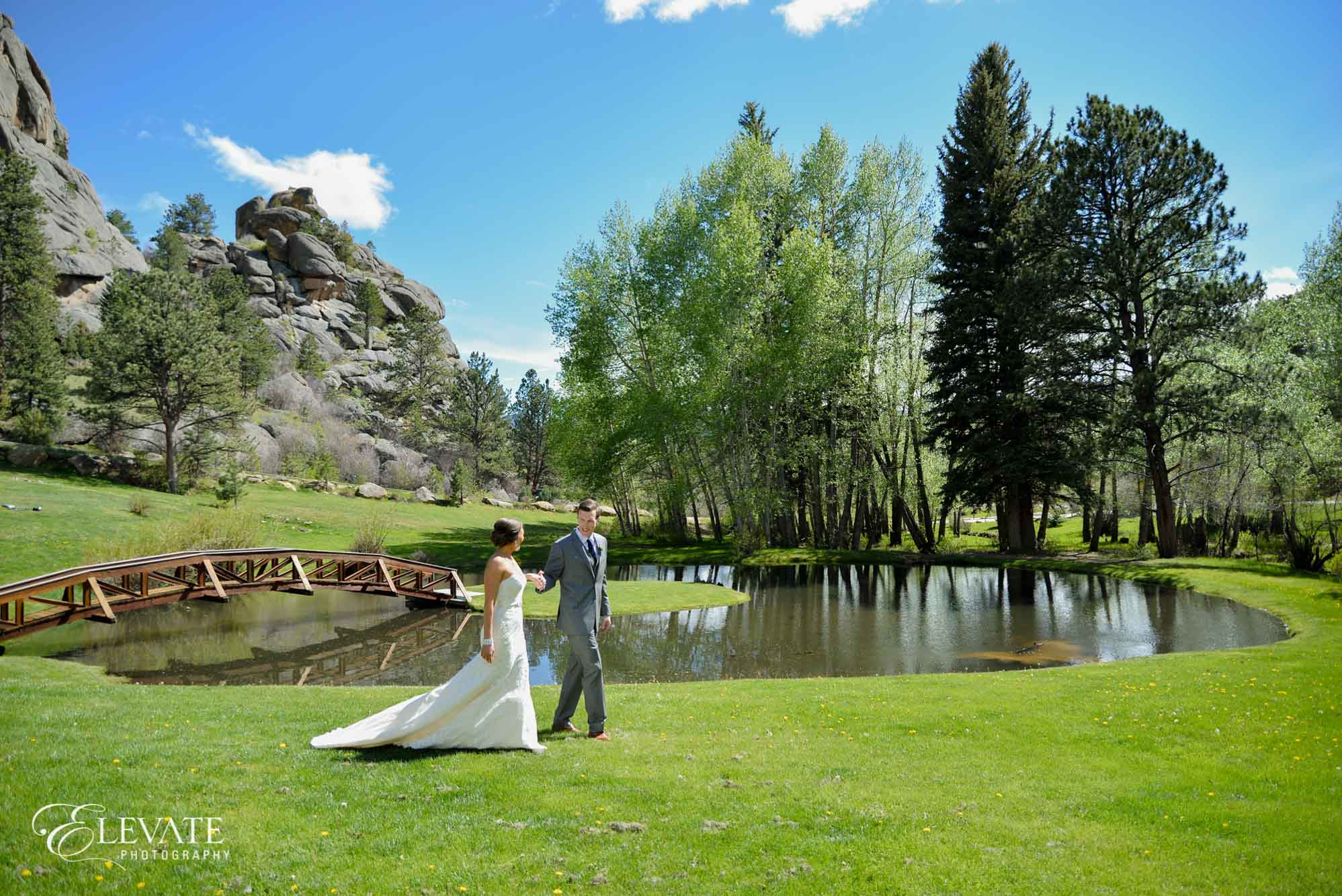 estes park wedding photos Twin Owls summer