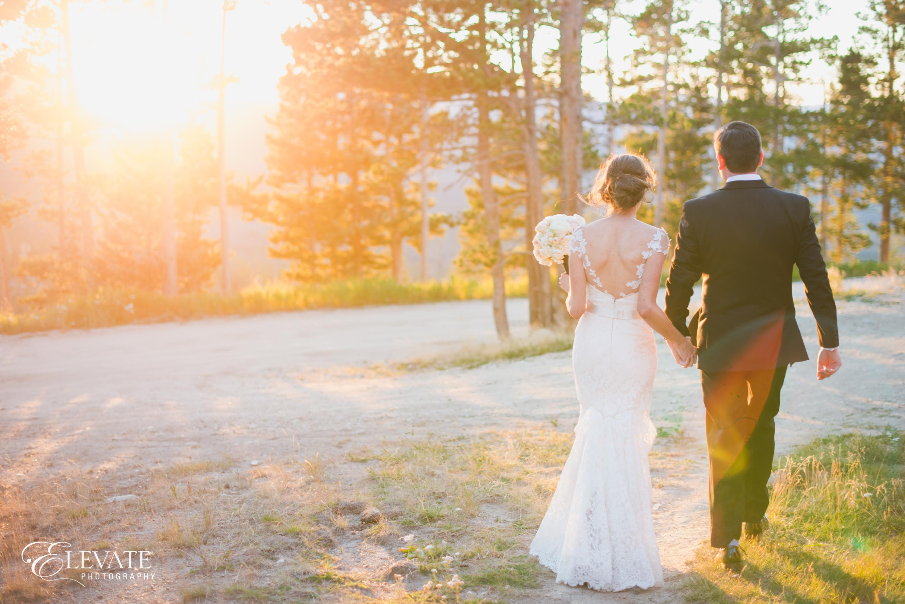 wedding couple sunset