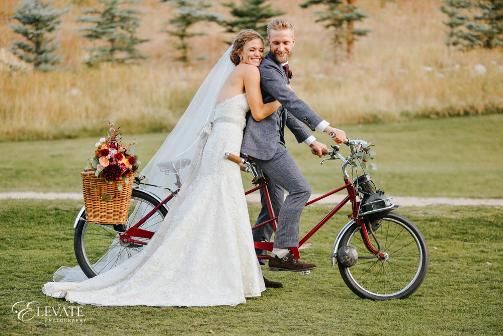 wedding couple tandem bicycle