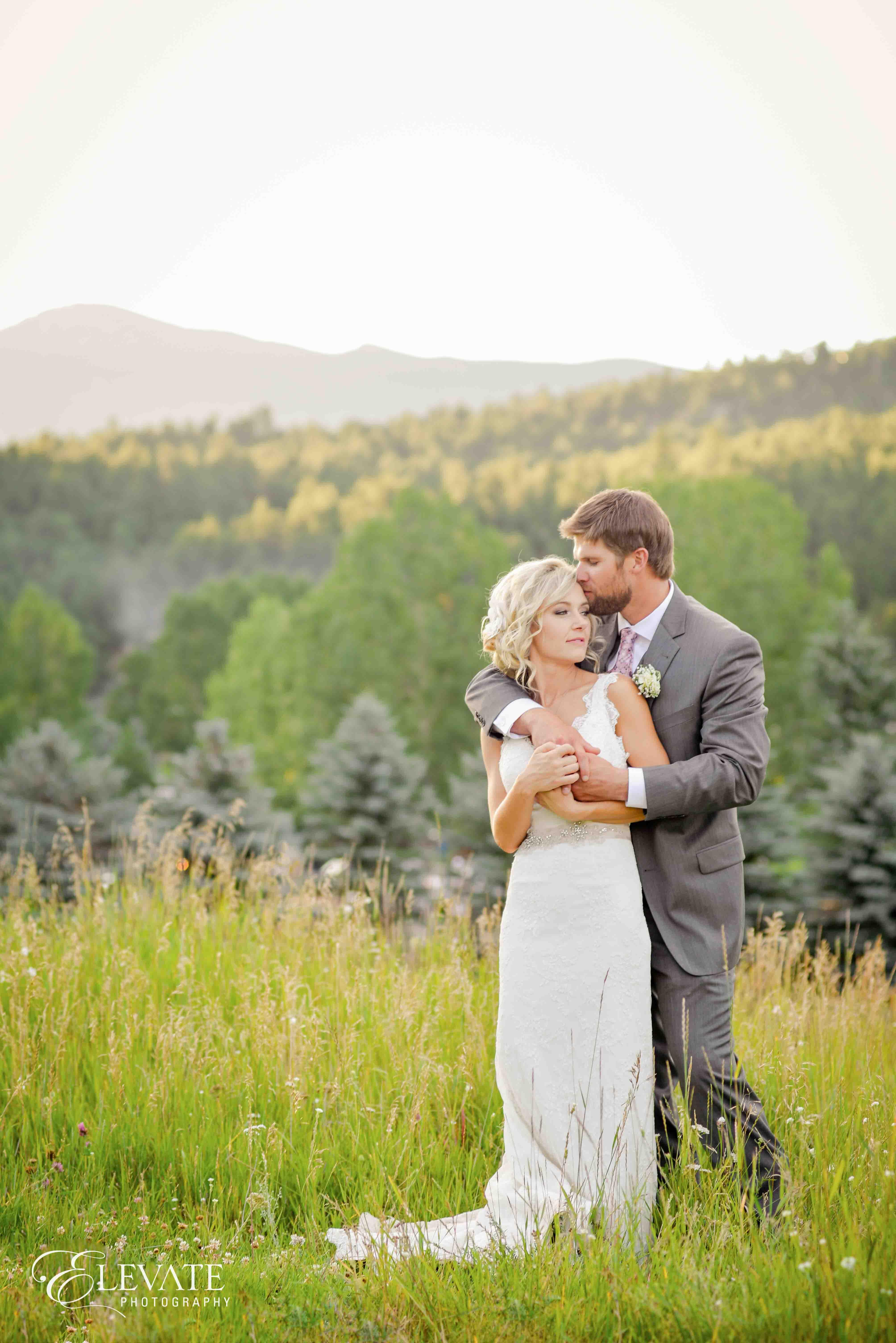 couple fall mountain