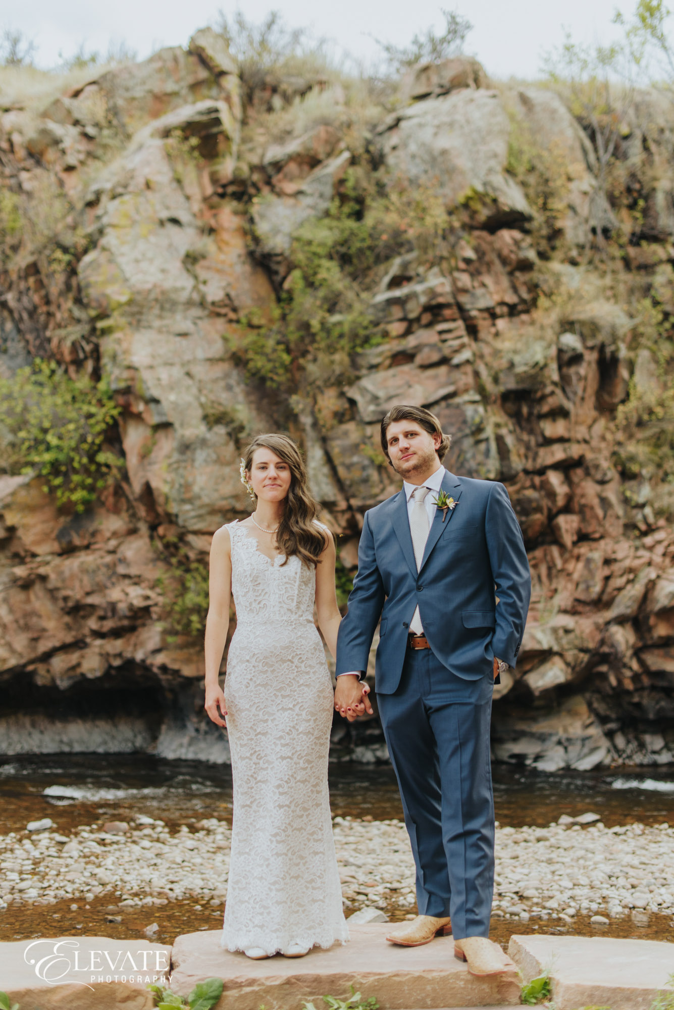 lyons wedding couple by river
