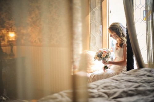 bridal sutie waiting with flowers